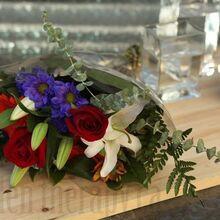 flower rearranging, flowers, gardening