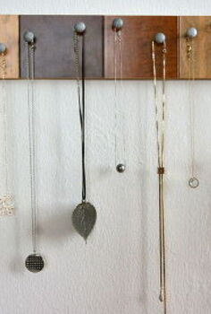 diy necklace holder, crafts