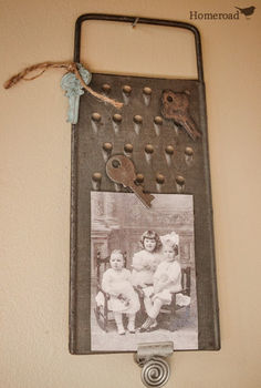 need some unique ideas for photo displays, crafts, home decor, repurposing upcycling, A rusty cheese grater with magnetic keys