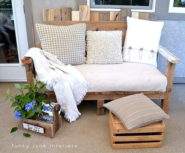 make an outdoor pallet sofa that s comfy and cute, home decor, outdoor  furniture - Make An Outdoor Pallet Sofa That's Comfy AND Cute! Hometalk