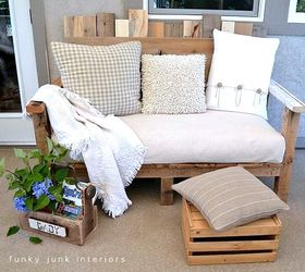 Make An Outdoor Pallet Sofa That S Comfy And Cute, Home Decor, Outdoor  Furniture