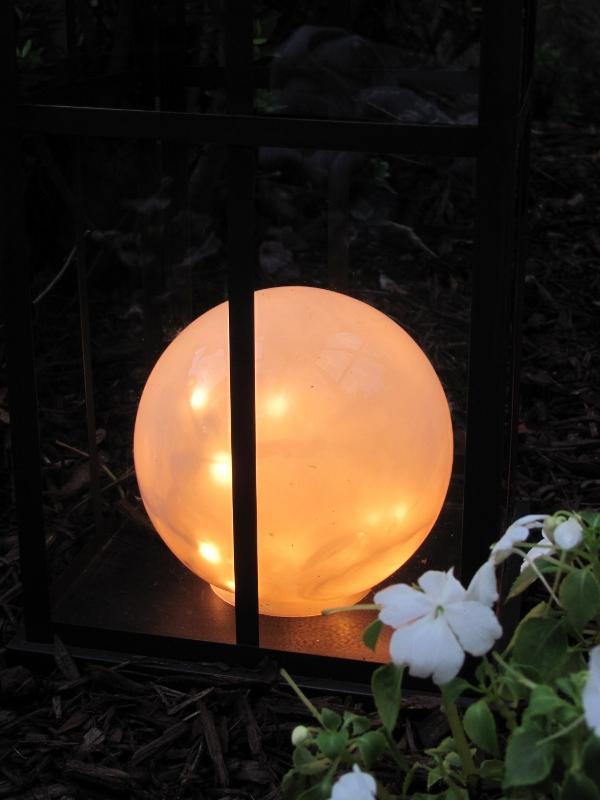 Repurposed indoor globe lights hometalk for Repurposed light globes