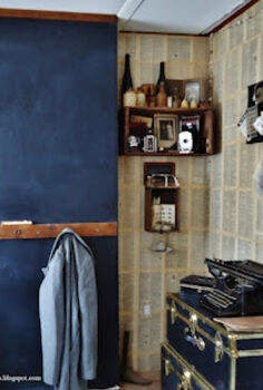 book page entryway walls, repurposing upcycling, wall decor, Dictionary page chalkboard walls give the entryway a vintage look for about 20
