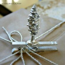 diy present toppers, seasonal holiday d cor