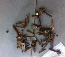q rusted screws, cleaning tips, tools, I took these screws off a table I m refurbishing