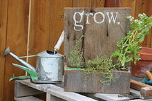 reclaimed barn wood planter, gardening, outdoor living, repurposing upcycling