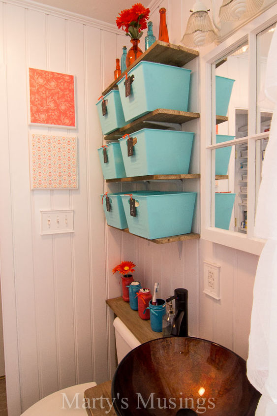 Make your small bathroom look bigger install beadboard - How to make a small bathroom look larger ...