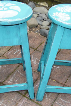 beachy barstools, painted furniture