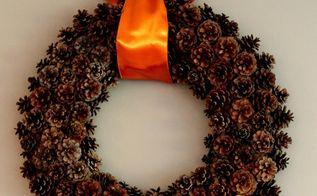 free pinecone wreath, crafts, seasonal holiday decor, wreaths