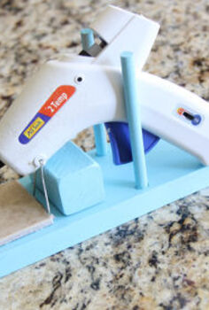 easy diy hot glue gun stand, crafts