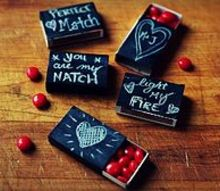 chalkboard matchbox valentine gifts, chalk paint, chalkboard paint, crafts, seasonal holiday decor, valentines day ideas