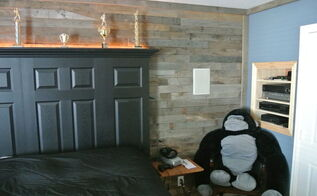 accent wall made from distressed pallet wood, bedroom ideas, home decor