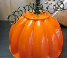 a trio of jello mold pumpkins, crafts, repurposing upcycling, seasonal holiday decor, Up close