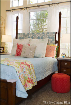 vibrant coastal bedroom, bedroom ideas, home decor, The bed and the MAIN statement in the room