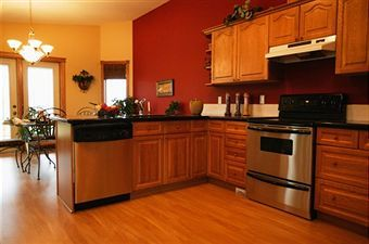 Top Wall Colors For Kitchens With Oak Cabinets Hometalk