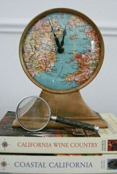 have an old clock give it a quick update by replacing the face, crafts, Replace the face of your clock with a map and add a bead or a pin to the exact location you want to remain timeless