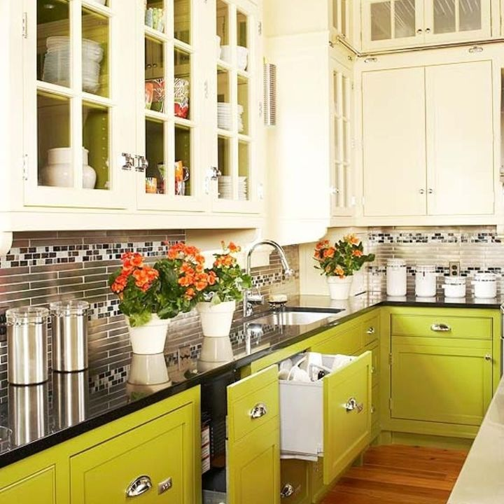 Two toned kitchen cabinets are the best of both worlds for Armoire de cuisine deux tons