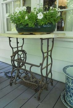 here is a creative idea for an old sewing machine base do you have any other, gardening, repurposing upcycling
