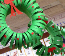 30 christmas crafts for kids, christmas decorations, crafts, seasonal holiday decor, wreaths, Construction paper wreaths are just some of the types you will find