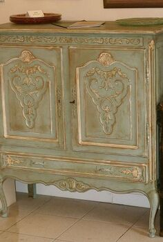 creating a french look, painted furniture
