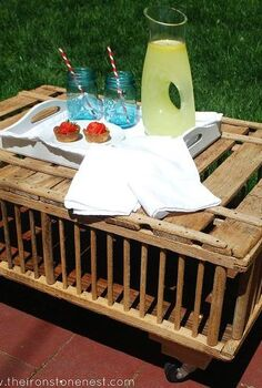 chicken crate coffee table, outdoor furniture, painted furniture, patio, repurposing upcycling