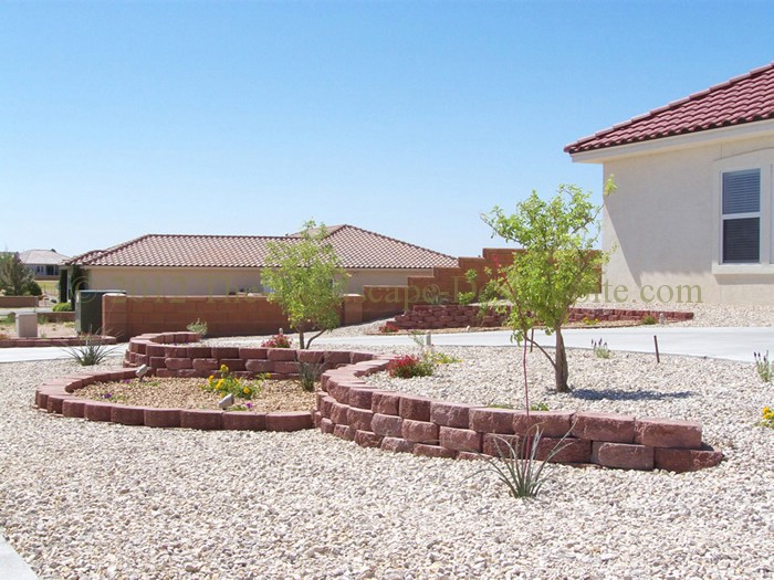 Desert southwest landscaping on a small hillside circular for Circular driveway landscaping pictures