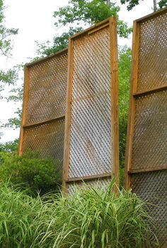 creating backyard privacy, outdoor living, A baffle or series of baffles provides inexpensive instant privacy