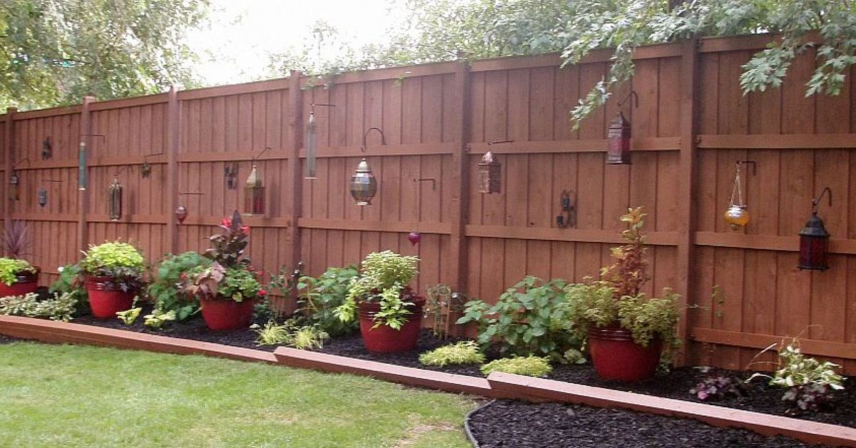 Reclaim Your Backyard With A Privacy Fence