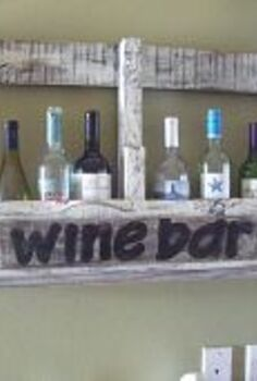 i m bottle necking 20 amazing bottle inspired ideas from hometalkers, crafts, flowers, repurposing upcycling, The best use of a pallet yet
