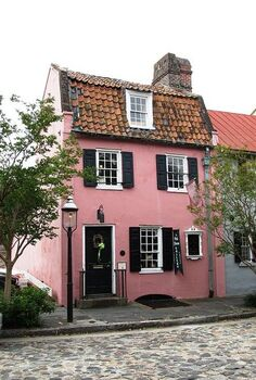 five pink historic homes, architecture