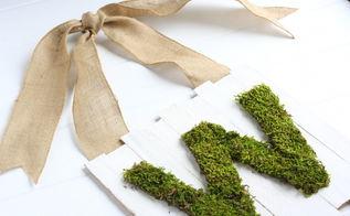 moss monogram door sign, crafts, Moss Monogram Door Sign for Spring
