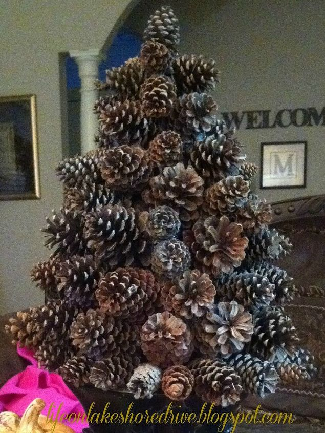 Pine cone tree hometalk for Large christmas pine cones