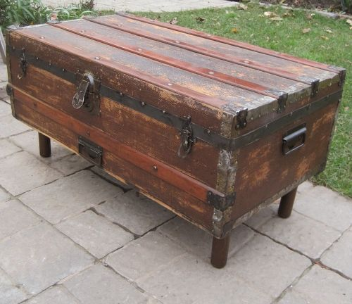 Antique Trunks As Coffee Tables: Antique Steamer Trunk Into Coffee Table