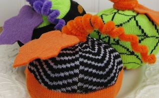 easy halloween sock pumpkins a fun project using halloween socks from the dollar, crafts, halloween decorations, home decor, seasonal holiday decor, Fun and easy Halloween sock pumpkins