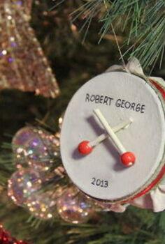 make a christmas ornament from trash, christmas decorations, seasonal holiday decor