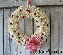 popcorn and cranberry wreath, crafts, seasonal holiday decor, wreaths