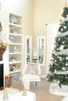 white christmas living room, christmas decorations, home decor, living room ideas, seasonal holiday decor
