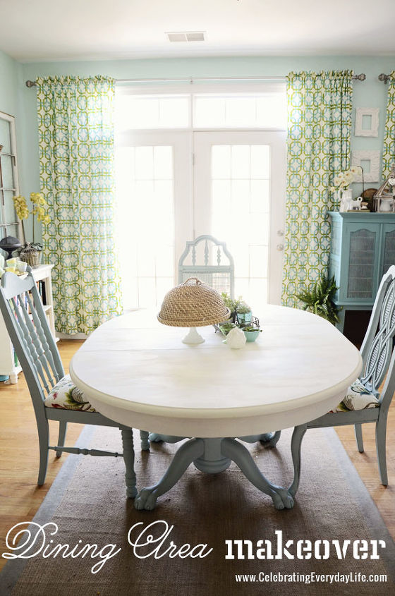 Dining room table and chairs makeover with annie sloan for Painted dining room furniture