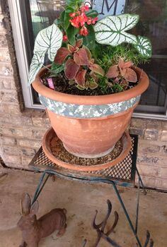 my facebook fans shared their favorite planters here are my favorite, crafts, gardening, Planter repaired with duct tape gets a second season Shared by Liffin