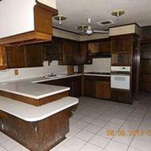 farmhouse inspired kitchen, kitchen backsplash, kitchen design, The before kitchen