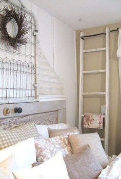 24 wow ideas from just a ladder, repurposing upcycling, A ladder beside a bed makes a fabulous magazine rack