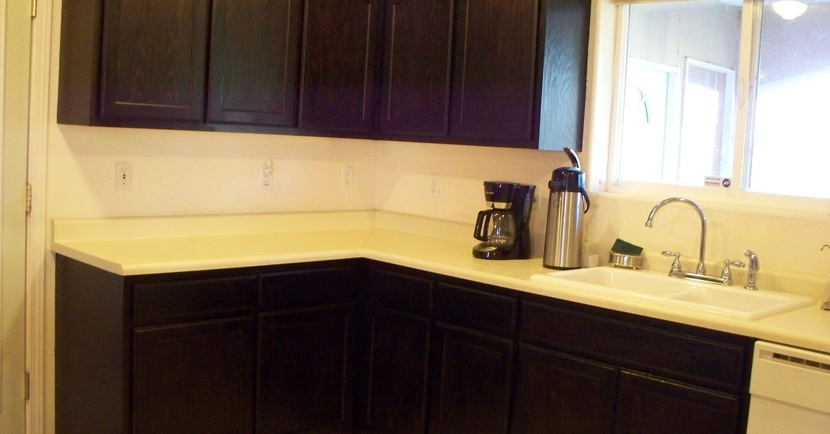 How To Put Polyurethane On Painted Kitchen Cabinets