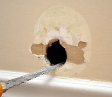 a flawless drywall repair, appliances, home maintenance repairs, Squaring the hole makes it easier to fit a new piece of drywall