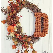 make your home dazzle this fall join the fall decorating chat, Jeniffer s monogrammed wreath