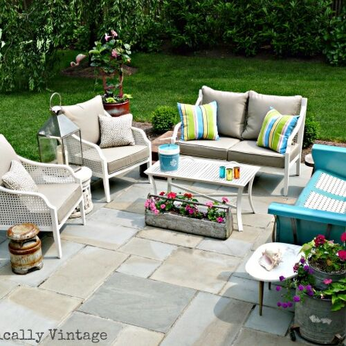 Modern & Vintage patio.  Click link for more pics: http://eclecticallyvintage.com/2012/06/my-patio-reveal/