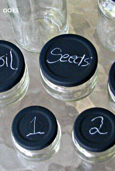 chalkboard lidded jars, chalkboard paint, crafts
