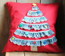 trim the tree pillow, crafts, seasonal holiday decor