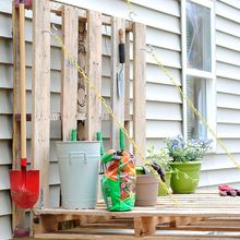 diy pallet gardening table, diy, gardening, how to, outdoor furniture, outdoor living, painted furniture, pallet, repurposing upcycling, The vertical garden table is made of two pallets joined together using 4 4 Strap Hinges