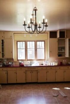 kitchen renovation in 1918 farmhouse, home decor, kitchen backsplash, kitchen design, living room ideas, Before 1950 s disfunctional cabinets all on one wall No ventilation and old uninsulated windows and walls
