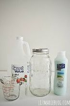 diy laundry softener, cleaning tips, All you need is water vinegar conditioner a container